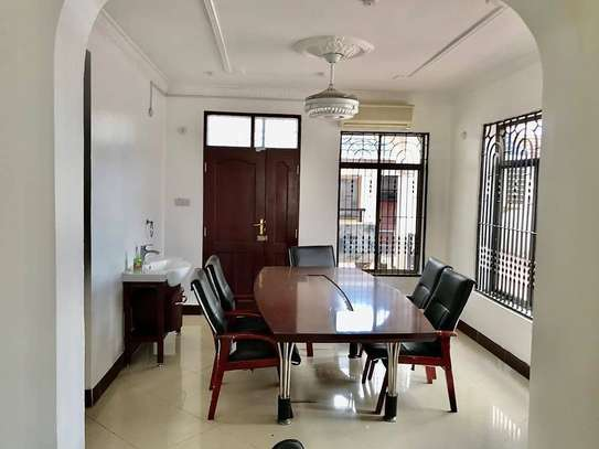 5 bed room all ensuite for rent at ununio image 2