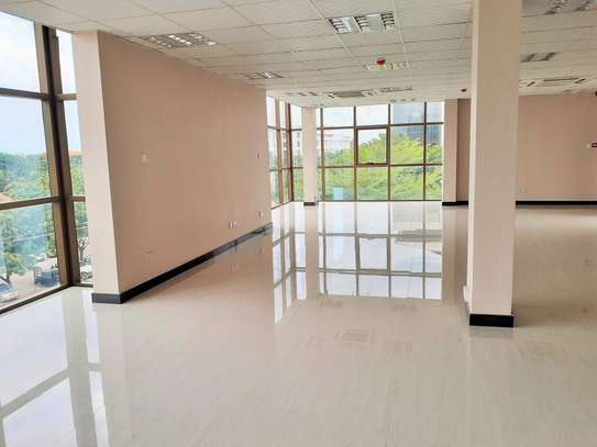Brand new 115sqm Office Space In Masaki image 2