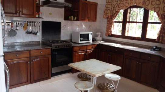 4bed furnished at mbweni beach $1300pm image 7