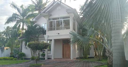 STAND ALONE HOUSE FOR RENT AT KAWE BEACH image 1