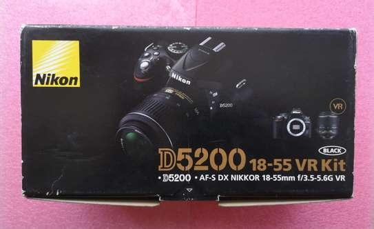 Nikon D5200 DSLR Camera - Mint image 2