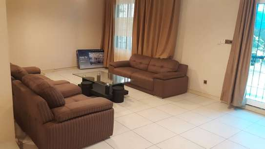 Furnished 4 bedrooms Villa for rent at Oysterbay image 7