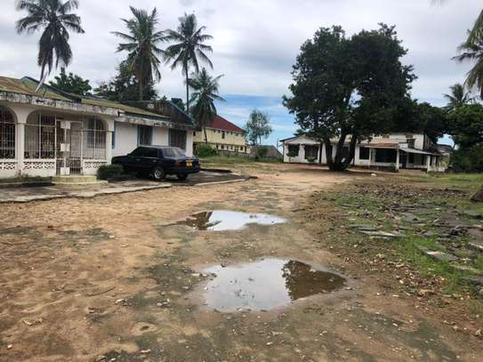 3 bed room house ,two house in the compound for sale at mbezi beach africana image 4