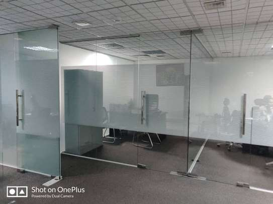 Office to let image 8