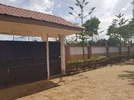5 Bed Room Bungalow for rent in Dodoma town- Multipurpose. image 6