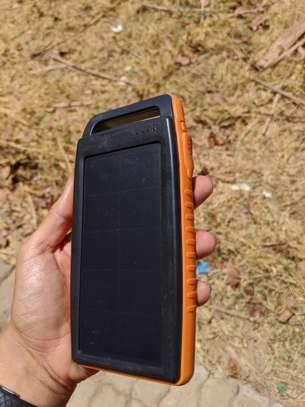15,000 mAh Sun Powered Power Bank