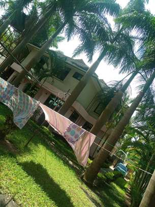 A 5Bedrooms Bangalow For Rent