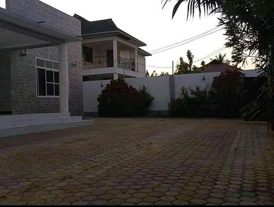 House for rent at boko magengeni image 3