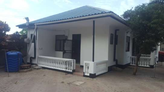 2 bed room house for rent in the compound at kijitonyama image 3