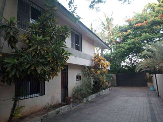 4bed houe at masaki $1500pm image 8