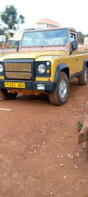 1989 Land Rover Defender image 1
