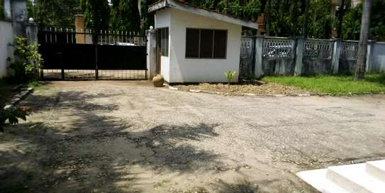 SPECIOUS STAND ALONE HOUSE FOR RENT AT UPANGA image 2