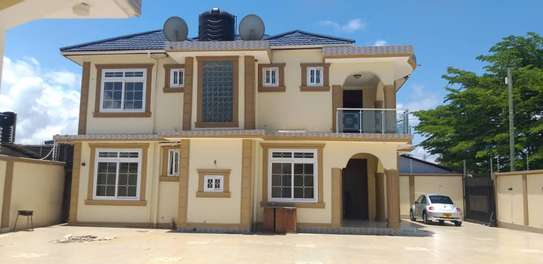 big servant quater for rent at kinondoni studio image 7