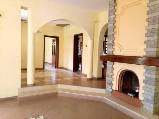 NICE 5BEDROOMS HOUSE IN NJIRO-PPF. image 9