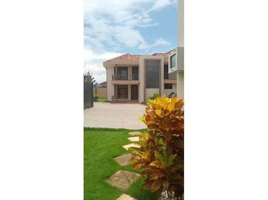 3bed town house at mbweni $550pm bmw image 7
