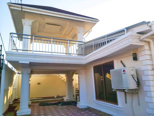 3 Bedrooms House at Mikocheni image 1