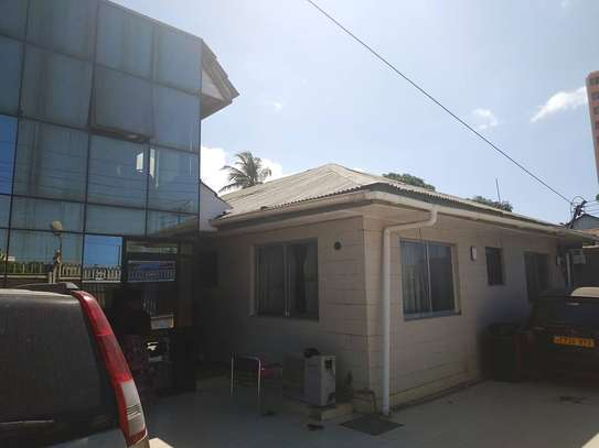 big house for rent ideal for office, hospital, hotel, located at kinondoni biafra image 3