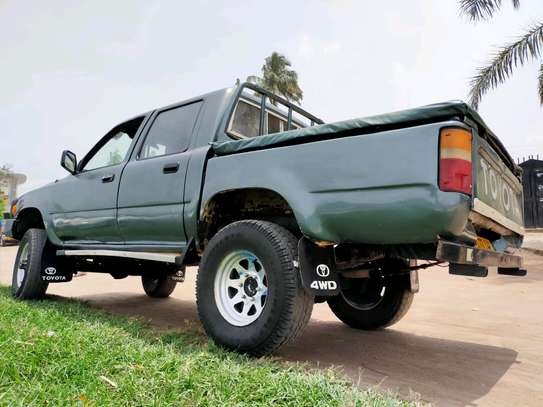 1999 Toyota Hilux image 3