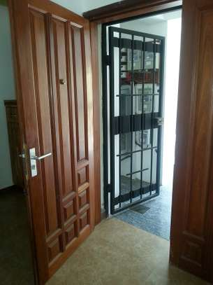 3 Bedrooms Spacious Apartmrnts For Rent In Msasani image 8