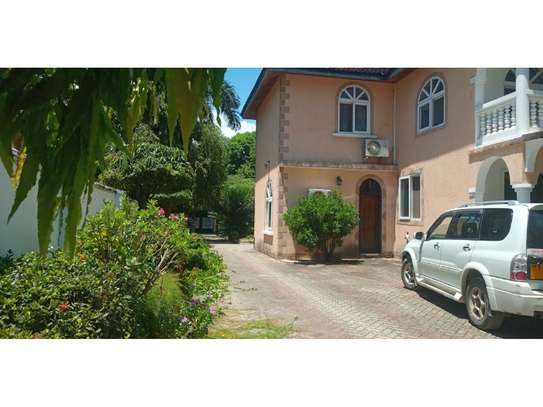 big house 5bed furnished at mikocheni a $1500pm big garden image 8