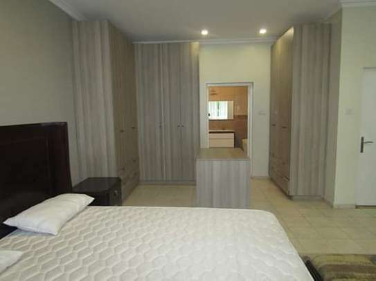 4 Bedrooms Executive Villa House in Oysterbay image 10
