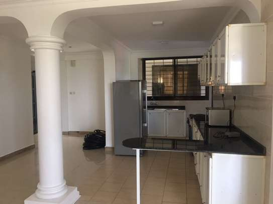 Stunning Penthouse  with Sea view  Gym   Swimming pool for rent in Masaki image 3