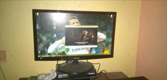 Samsung 27 inches Monitor