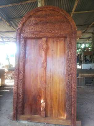 Zenjibar doors & carved furnitures market image 3