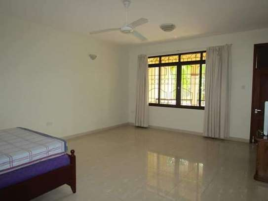 4 Bedrooms Luxury Villa House Full Furnished in off Oysterbay; Ada Estate image 8