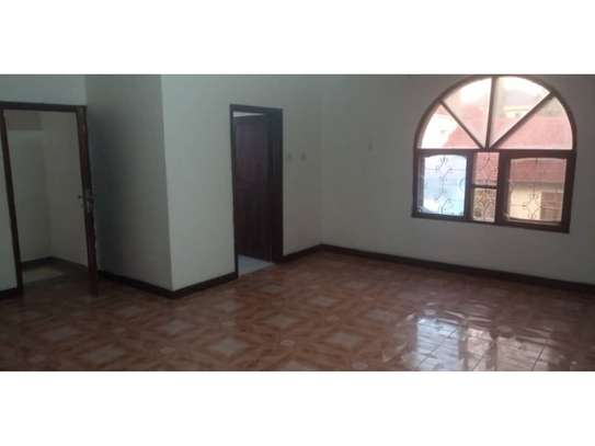 5bed house at mikocheni $1500pm image 7