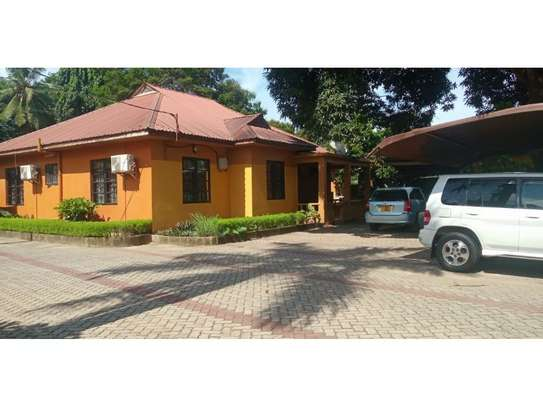 3 bed room all ensuet for rent tsh 800000 at mbezi beach rain ball image 1