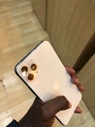 iPhone 11 Pro Max 256GB Silver for sale image 4