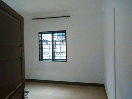 3bdrm standalone House to let in masaki image 2