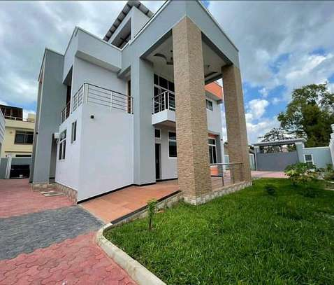 4 bedrooms house at mbezi beach image 2