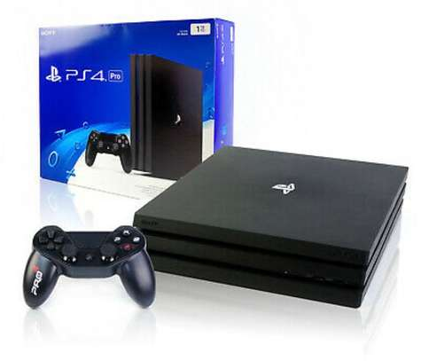 Playstation 4 Pro | CUH-7216B | 1 Controllers | SSD | Quiet image 3