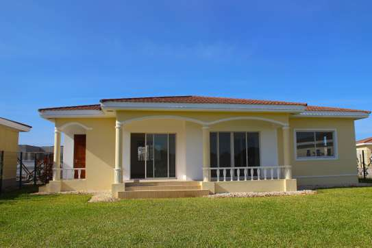 3 Bdrm Houses in a Quiet Serene Environment Kigamboni image 5