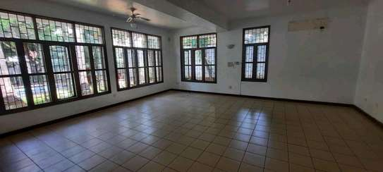a 5bedrooms BUNGALOW  100metres from the BEACH at OYSTERBAY is now for SALE image 11