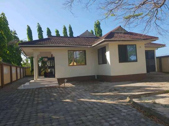 3BEDROOMS VILLA HOUSES FOR SALE