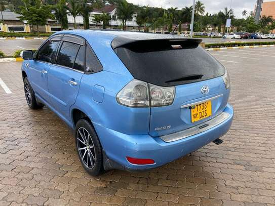 2003 Toyota Harrier image 14