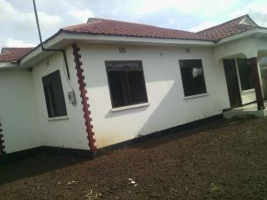 3BEDR HOUSE FOR RENT AT NJIRO image 1