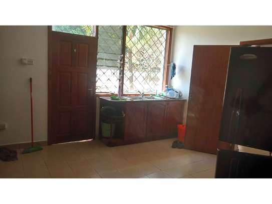 3bed compound house at oyster bay with big garden  on tarmac image 13