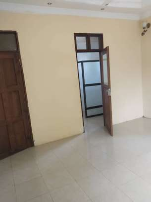 RENT 3 BEDROOMS TABATA KINYEREZI STANDALONE HOUSE FOR LOW PRICE image 6