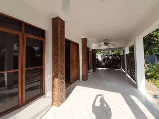 4 Bedrooms House For Rent In Masaki image 8