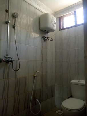 3bedroom house in Mikocheni B, for rent. image 6
