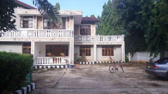 7bed house at mikocheni office,massage tsh2000000 image 3