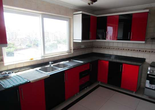 3 Bedroom Luxury Furnished Apartments with Balcony in Kisutu image 4