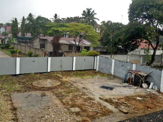 8bed house  at mikocheni a near main rd with big compound image 12
