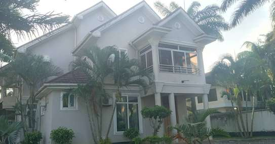 STAND ALONE HOUSE FOR RENT AT KAWE BEACH image 2
