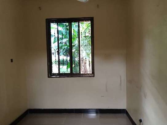 Two  bedrooms apartment for rent image 3