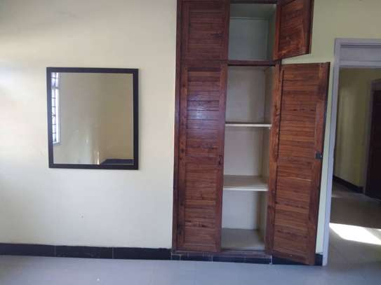 House for rent near Prime Minister Area D-Dodoma image 2